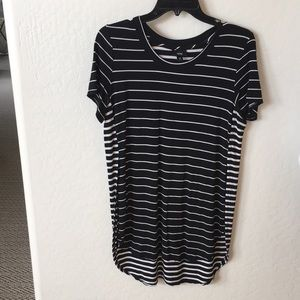 Striped split tee